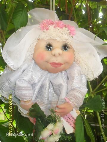 На июньской ярмарке моими работами заинтересовалась хозяйка сувенирного магазина Иркутска. Сделала предложение пошить пробную партию кукол. Вот они готовы в путь. фото 12