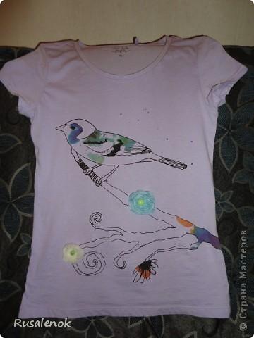 """Футболочка. В  магазине """"S*e*l*a""""  распродажа. Купила простенькую футболку . Решила ее маленько украсить фото 2"""