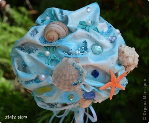 """Добрый день, дорогие жители СМ! Сегодня я к вам с новым свадебным набором """"В синем море, в белой пене..."""" Летом, естественно, очень хочется моря, прохлады и шума волн. Именно морская волна вдохновила меня на создание набора в морском стиле. фото 19"""