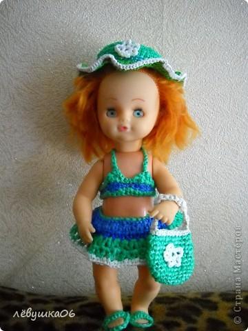в детском саду попросили обвязать куклу... и вот что из этого получилось) зимний костюм фото 9
