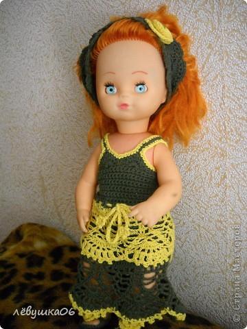 в детском саду попросили обвязать куклу... и вот что из этого получилось) зимний костюм фото 4