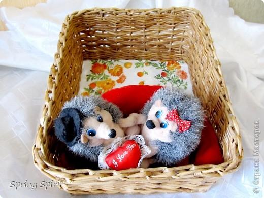 Здравствуйте, дорогие мои жители Страны! Вот сплелась коробочка-корзиночка для вязальных моих запасов и вазочка для печенья и сухариков... фото 2