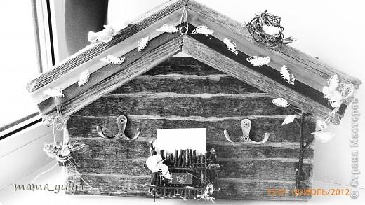 """приехала """"на деревню к дедушке""""смотрю -  забор старый снесли, распилили на дрова, в кучу сложили, сжечь хотят - ужас!!! а досочки такие красивые))) загляденье)))  захотелось что-то из них смастерить...слепила из того, что было под руками... фото 1"""