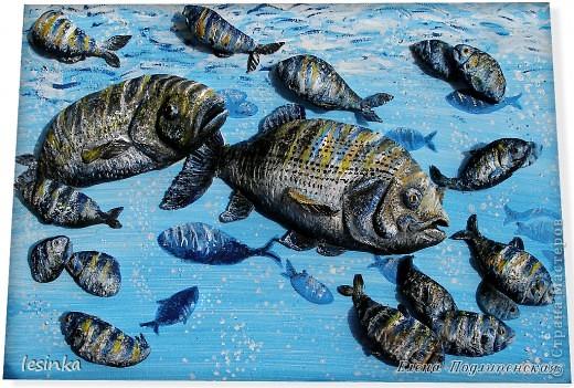 Рыбка хвостиком виляет, Грациозно проплывает, По течению реки, Не страшны ей рыбаки! Корм не требует она, Чудо, как она умна. Марк Львовский  Продолжение 3-D  ))) На этот раз рыбки для любителя рыбалки. В общем, продолжаю эксперементировать :) фото 1