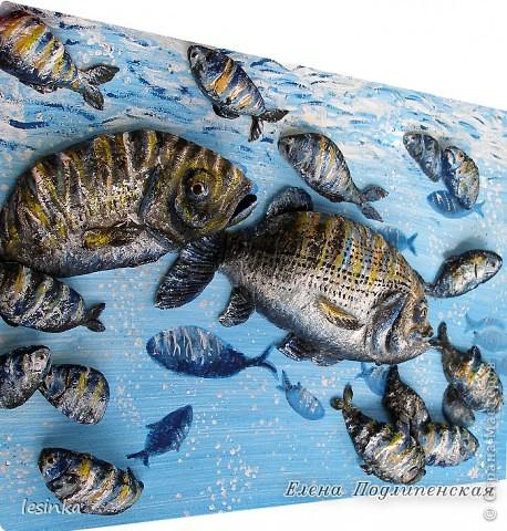 Рыбка хвостиком виляет, Грациозно проплывает, По течению реки, Не страшны ей рыбаки! Корм не требует она, Чудо, как она умна. Марк Львовский  Продолжение 3-D  ))) На этот раз рыбки для любителя рыбалки. В общем, продолжаю эксперементировать :) фото 3