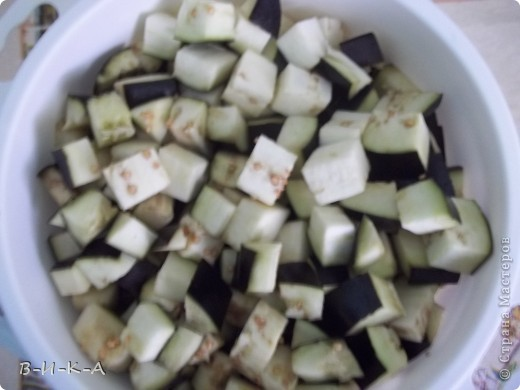 Всем привет!!! Очень,очень люблю баклажаны. Это уже второй раз за сегодня готовлю, решила и с Вами поделиться этим рецептом. Вкус действительно почти на 100% похож на грибы!!!  фото 2
