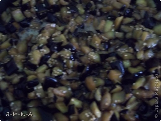 Всем привет!!! Очень,очень люблю баклажаны. Это уже второй раз за сегодня готовлю, решила и с Вами поделиться этим рецептом. Вкус действительно почти на 100% похож на грибы!!!  фото 7