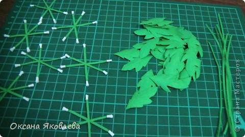 Остались у меня после последней работы белые хризантемки и зеленые,и я сделала розы по мк Астория  http://asti-n.ya.ru/replies.xml?item_no=550 фото 4