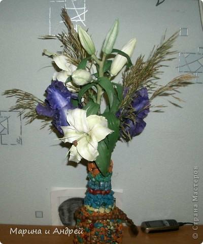 Самая первая законченная работа... Начала с ирисов, перешла на лилии кустовые. фото 3