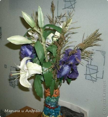 Самая первая законченная работа... Начала с ирисов, перешла на лилии кустовые. фото 2