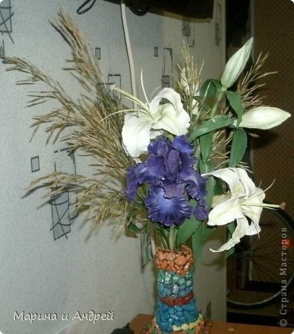 Самая первая законченная работа... Начала с ирисов, перешла на лилии кустовые. фото 4
