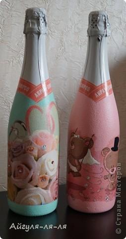 Как приятно собираться на свадьбу и готовить необычные сюрпризы для молодоженов! Решила им подарить бокалы и шампанское, в такой нежной теме мишки тедди! фото 10
