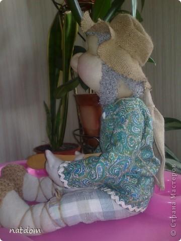 Доброго времени суток дорогие мастерицы! Представляю Вашему вниманию мои первые работы. Благодаря Елене Лаврентьевой и ее замечательному Мастер класу я начала шить кукол. Рост у этого Домовенка 55 см, внутри проволочный каркас. фото 3
