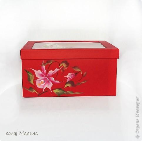 Чайная пара в подарочной коробке. Коробка  расписана  так же как посуда. фото 1