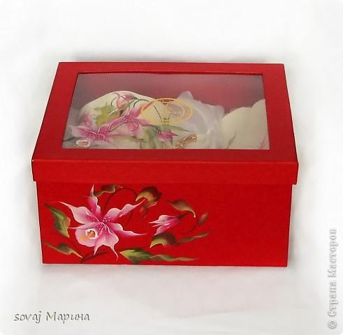 Чайная пара в подарочной коробке. Коробка  расписана  так же как посуда. фото 3