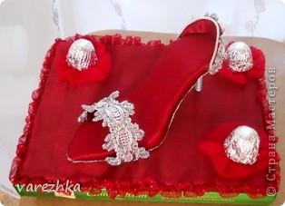 Бокальчики и повторюшка туфельки с конфетками фото 2