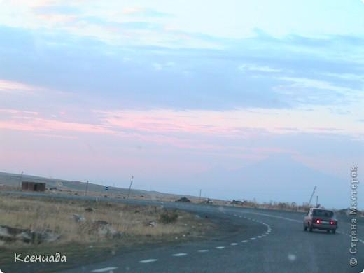 Пересматривая фотографии, наткнулась на фото сделанные в Армении, когда муж там служил!!! Захотелось с Вами поделиться этой красотой!!! С детства мечтала побывать на озере Севан!!!  фото 63