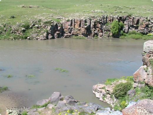 Пересматривая фотографии, наткнулась на фото сделанные в Армении, когда муж там служил!!! Захотелось с Вами поделиться этой красотой!!! С детства мечтала побывать на озере Севан!!!  фото 20