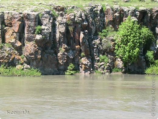 Пересматривая фотографии, наткнулась на фото сделанные в Армении, когда муж там служил!!! Захотелось с Вами поделиться этой красотой!!! С детства мечтала побывать на озере Севан!!!  фото 24