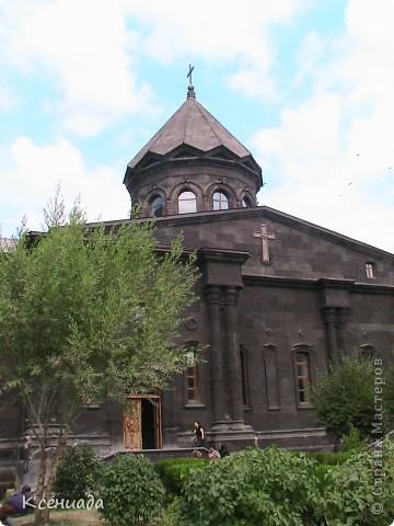 Пересматривая фотографии, наткнулась на фото сделанные в Армении, когда муж там служил!!! Захотелось с Вами поделиться этой красотой!!! С детства мечтала побывать на озере Севан!!!  фото 45