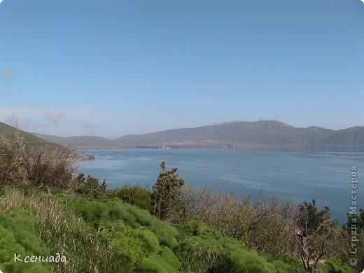 Пересматривая фотографии, наткнулась на фото сделанные в Армении, когда муж там служил!!! Захотелось с Вами поделиться этой красотой!!! С детства мечтала побывать на озере Севан!!!  фото 1