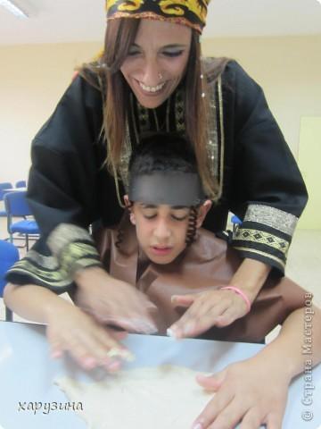Ну разве не похожи мы на только что прибывших к нам на праздник жителей Йемена? фото 9