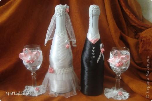 Моя вторая попытка украшения к свадьбе. В этот раз решилась еще и на бокальчики. Вот выставляю на ваш суд! фото 1