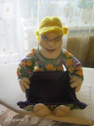 Вот такая кукла - сухарница теперь будет жить на кухне у моей подруги фото 1