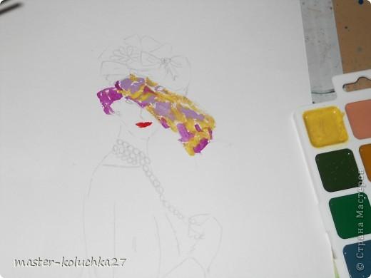 сначала был искиз.картинку я взяла в интернете .для этой дамы понадобятся нежные пастельные тона. я взяла фиалетовый,сиреневый,жёлтый и телесный цвет.закрашиваем этими цветами нижнию часть шляпки. фото 3
