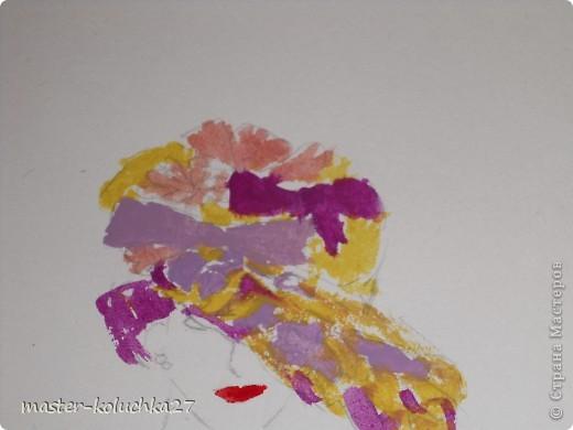 сначала был искиз.картинку я взяла в интернете .для этой дамы понадобятся нежные пастельные тона. я взяла фиалетовый,сиреневый,жёлтый и телесный цвет.закрашиваем этими цветами нижнию часть шляпки. фото 4