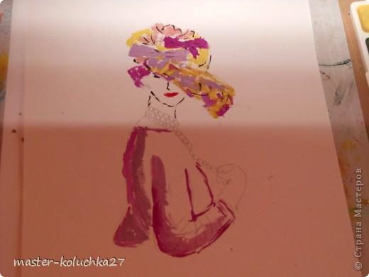 сначала был искиз.картинку я взяла в интернете .для этой дамы понадобятся нежные пастельные тона. я взяла фиалетовый,сиреневый,жёлтый и телесный цвет.закрашиваем этими цветами нижнию часть шляпки. фото 5