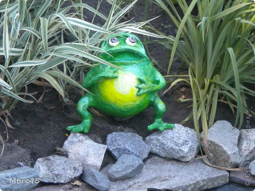 Вот такой пучеглазик получился, теперь живет в саду. фото 3