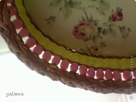 Здравствуйте!!! Сегодня решила Вам показать следующую плетёнку, сделанную вот в таких весёлых тонах. От предыдущей она не отличается ничем, разве что только формой и цветом. фото 7