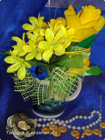 Сделала веер из вилочек и вниз расположила цветы из конфет! фото 6