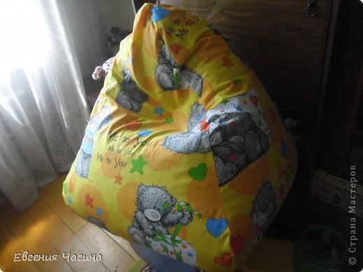 Вот такое кресло-мешок попросили меня с шить на день рождения маленькому мальчику, которому как раз сегодня исполняется 2 года. фото 2