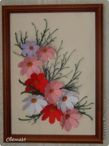 Очень уж мне понравилась космея. Вот я и решила сделать панно с этими нежными цветочками. фото 3