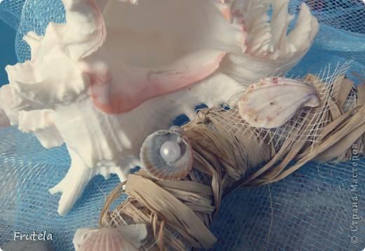 Такой веночек соорудила из ракушек,привезённых с отдыха на море) фото 2