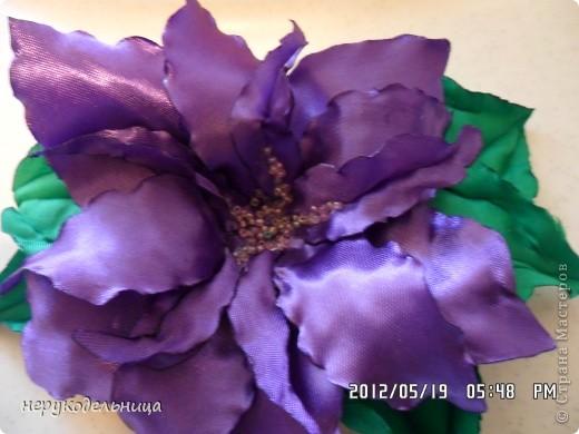 Дело было вечером.... цветочек из флиса сердцевина из сеточки. Делала для доченьки на беретку. фото 4