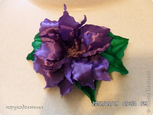Дело было вечером.... цветочек из флиса сердцевина из сеточки. Делала для доченьки на беретку. фото 5