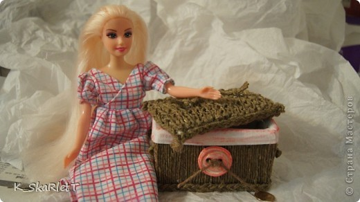 """Вот что сотворилось для кукольного домика) Полочку нарочито состарила """"аля наследство бабушки"""" фото 11"""