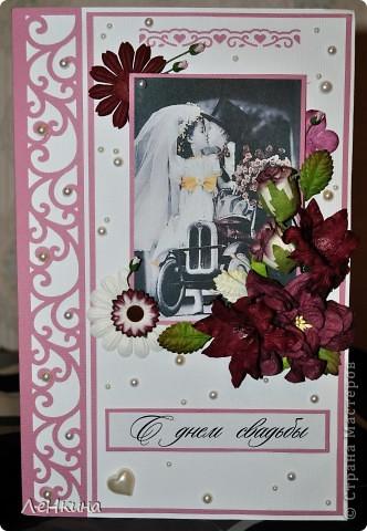 Сегодня я к вам не только с открытками, сотворенными по мотивам скрапа, но и с очередным свадебным наборчиком. Свадьба будет в лилиях и в цвете зеленого яблока! Для меня немного непривычный цвет, по этому - экспериментировала ))))  Бокалы для жениха и невесты фото 12
