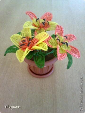 Один цветок из бисера фото