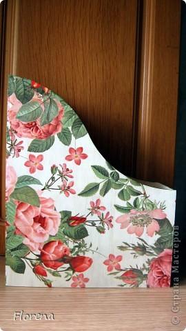Журнальница в подарок мужу .А за что ?Просто так!)   Использовала : журнальницы из Икеи,салфетки,лак акриловый ,краски акриловые для подрисовки. фото 8