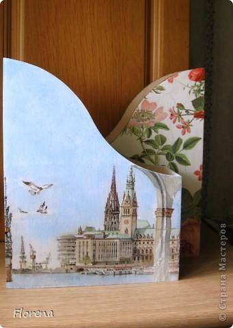 Журнальница в подарок мужу .А за что ?Просто так!)   Использовала : журнальницы из Икеи,салфетки,лак акриловый ,краски акриловые для подрисовки. фото 10