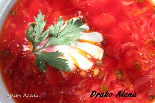 Всем доброго времени суток. Сегодня поделюсь рецептом борща, салатик (приготовила из того, что захотела в нем видеть), и абрикосовое варенье. фото 1