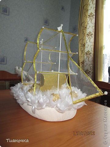 мой первый кораблик, он же свадебный. делалось с корабля Татьяны Мальцевой https://plus.google.com/photos/108392091231833518110/albums/5565374396409668097, так попросили фото 3