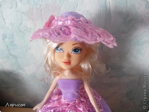 Вот такую шкатулочку сделала для  подружки Леры на день рождения.Правда кукле ещё сделали хвостик из волос и на шляпку приклеила завязочку, чтоб шляпка не слетала при открытии шкатулочки(на последнем фото) фото 2
