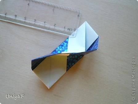 Здравствуйте!  Чтобы не откладывать в долгий ящик, выкладываю туториал на волшебника Мерлина.  Name: Merlin  Designer: Uniya Filonova  Units: 30  Paper: 10*10 cm  Final height: ~ 11,5 cm  Joint: no glue фото 14