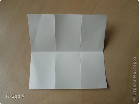 """Это- Жаклин. Почему-то она вам больше понравилась, чем Мерлин. При одинаковом размере бумаги кусудама получается меньше. Паттерн у обоих модулей одинаковый, разница только в горах-долинах.   Name: Jacqueline   Designer: Uniya Filonova  Units: 30  Paper: 10*10 cm  Final height: ~ 9,5 cm  Joint: no glue Variation of this model <a href=""""http://www.flickr.com/photos/79348234@N06/7564310502/in/photostream/"""">www.flickr.com/photos/79348234@N06/7564310502/in/photostr...</a>  модель принимала участие во флешмобе http://stranamasterov.ru/node/404901?tid=2168%2C850 фото 3"""
