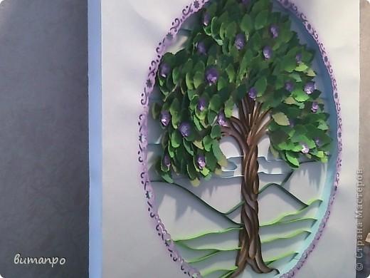 Вот дошла очередь и для моих работ! С гордостью представляю вам первую по очереди картину. У меня было вот такое вдохновение... мне вдруг захотелось сделать дерево с пышной листвой... а вдохновляющим образом, послужила вот эта моя работа  http://stranamasterov.ru/node/376658  И я в инете, нашла подлинник этого изображения, вот здесь http://www.liveinternet.ru/users/4448908/post188211331/ фото 17